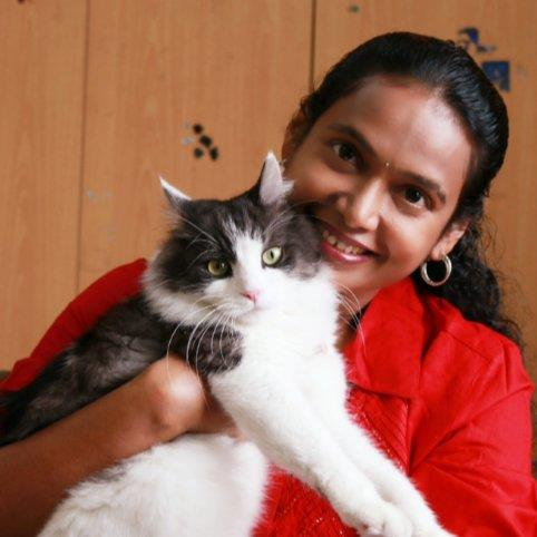 Sangeetha  Pet hotel experience in real homes! 1