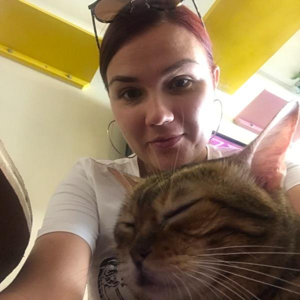 Alona Pet hotel experience in real homes! 1
